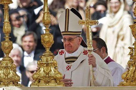 Prezervative pline cu cocaină, destinate Vaticanului