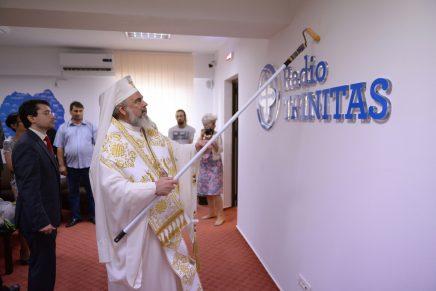 Redacţiile Radio Trinitas şi Trinitas TV, sfinţite de Patriarhul Daniel cu trafaletul