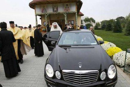 Mașinile de lux ale preoților. Sfințenie pe 4 roți.